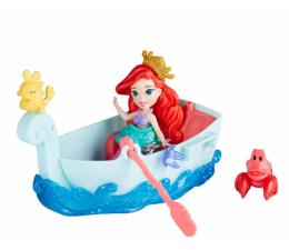 Hasbro Disney Princess Mini Arielka na łódce  (E0246)