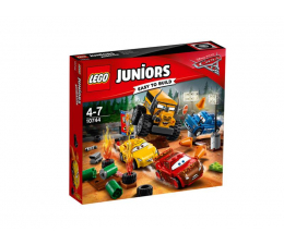 LEGO Juniors Cars Szalona Ósemka w Thunder Hollow (10744)