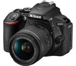 Nikon D5600 + AF-P 18-55 VR (VBA500K001)