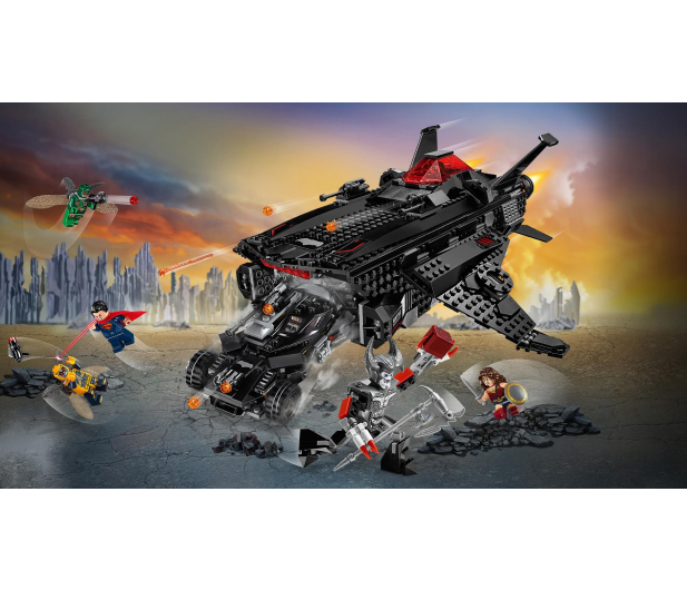 LEGO Super Heroes  Atak powietrzny Batmobila - 376717 - zdjęcie 2