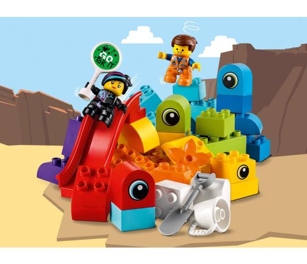 LEGO DUPLO Goście z planety DUPLO u Emmeta i Lucy - 465045 - zdjęcie 3