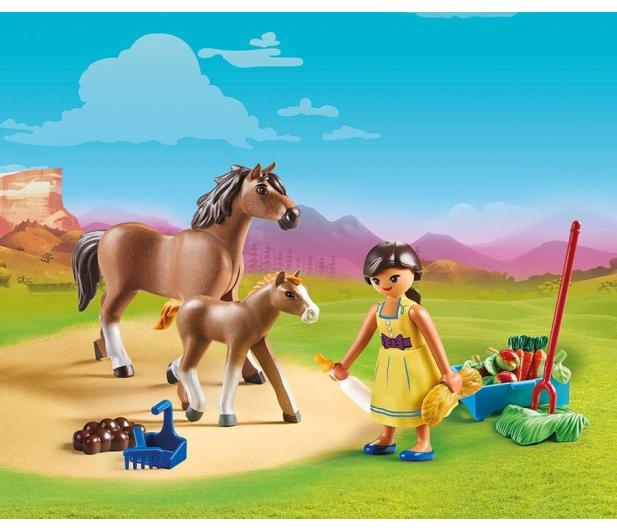 PLAYMOBIL Pru z koniem i źrebakiem - 467362 - zdjęcie 2