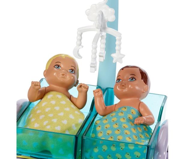 Barbie Lekarka blondynka Zestaw z bobasami  - 422700 - zdjęcie 3