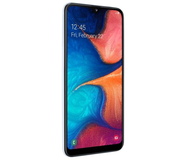 Samsung Galaxy A20e white - 496065 - zdjęcie 4