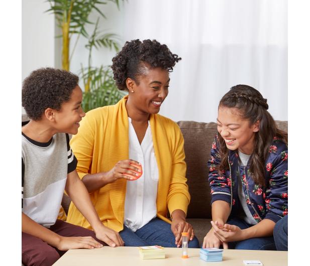 Hasbro Taboo Dzieci kontra Rodzice - 496455 - zdjęcie 4