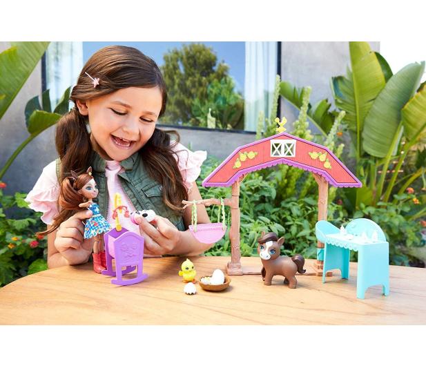 Mattel Enchantimals Harvest Hills Żłobek na farmie Zestaw - 539237 - zdjęcie 7