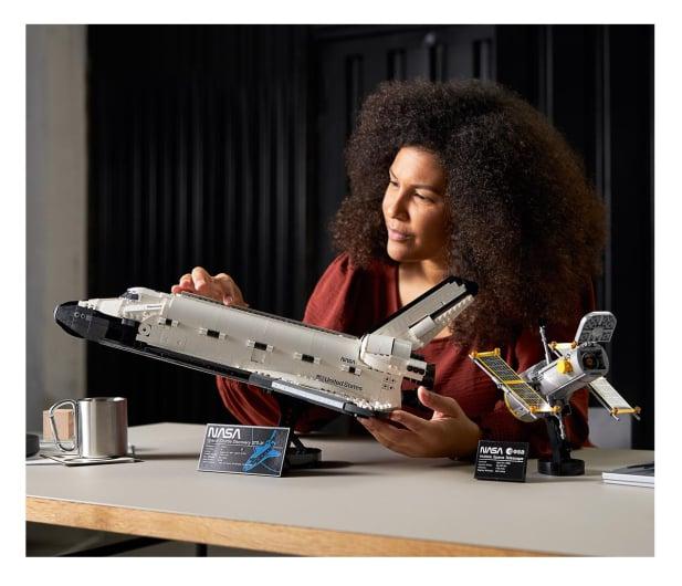 LEGO Creator Expert 10283 Wahadłowiec Discovery NASA - 1021959 - zdjęcie 2