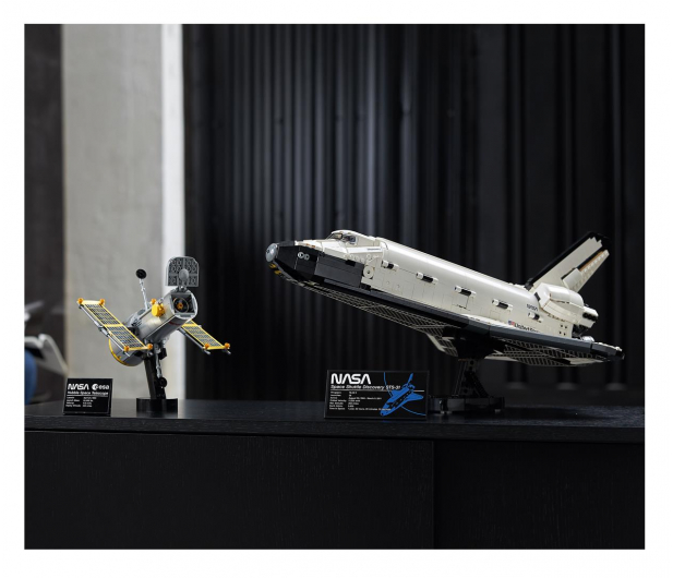 LEGO Creator Expert 10283 Wahadłowiec Discovery NASA - 1021959 - zdjęcie 3