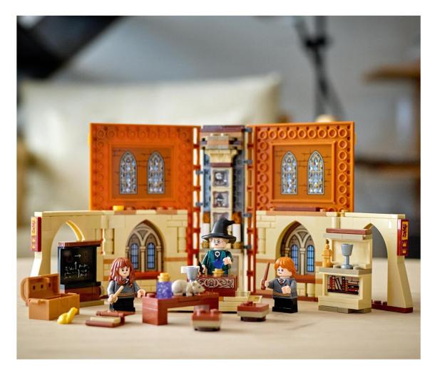 LEGO Harry Potter 76382 Chwile z Hogwartu: zajęcia - 1012859 - zdjęcie 4