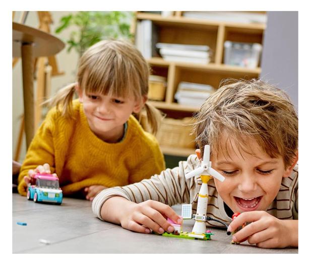 LEGO Friends 41443 Samochód elektryczny Olivii - 1012742 - zdjęcie 3