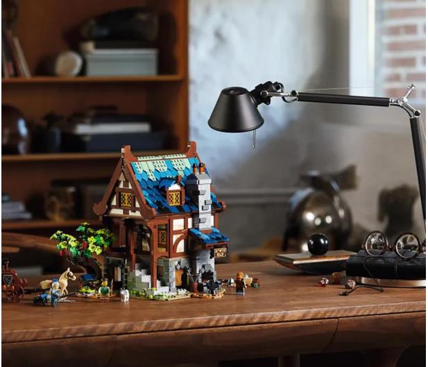 LEGO IDEAS 21325 Średniowieczna kuźnia - 1015288 - zdjęcie 4