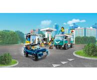 LEGO City Stacja benzynowa - 532603 - zdjęcie 3