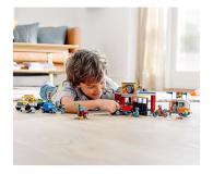 LEGO City 60258 Warsztat tuningowy - 532610 - zdjęcie 2